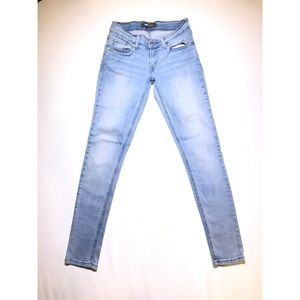 Levi's 524 | Skinny Jeans